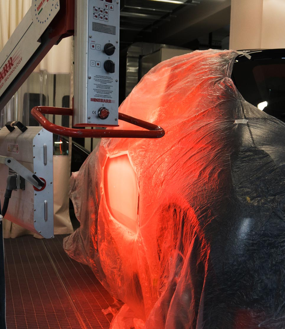 Carrozzeria Todi a Stabio riparazione e verniciatura